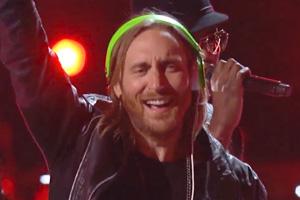 David Guetta ft. Akon & Ne-Yo - Play Hard [Live]