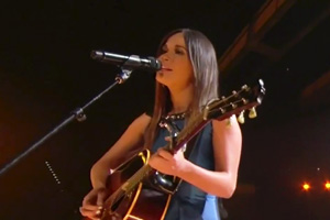 Kacey Musgraves - Merry Go 'Round [Live]