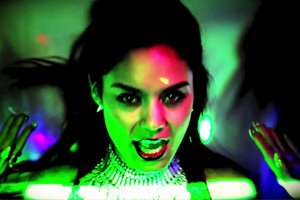 Vanessa Hudgens vs YLA - $$$ex [Explicit]