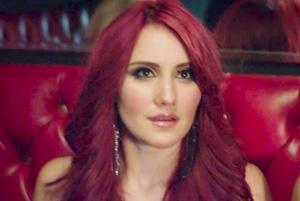 Dulce Maria ft. Julion Alvarez - Lagrimas