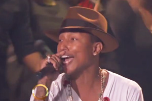 Pharrell Williams - Happy [Live]