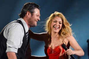 Shakira ft. Blake Shelton - Medicine [ACM Awards]