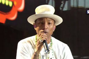 Pharrell Williams - Happy [Summertime Ball 2014]